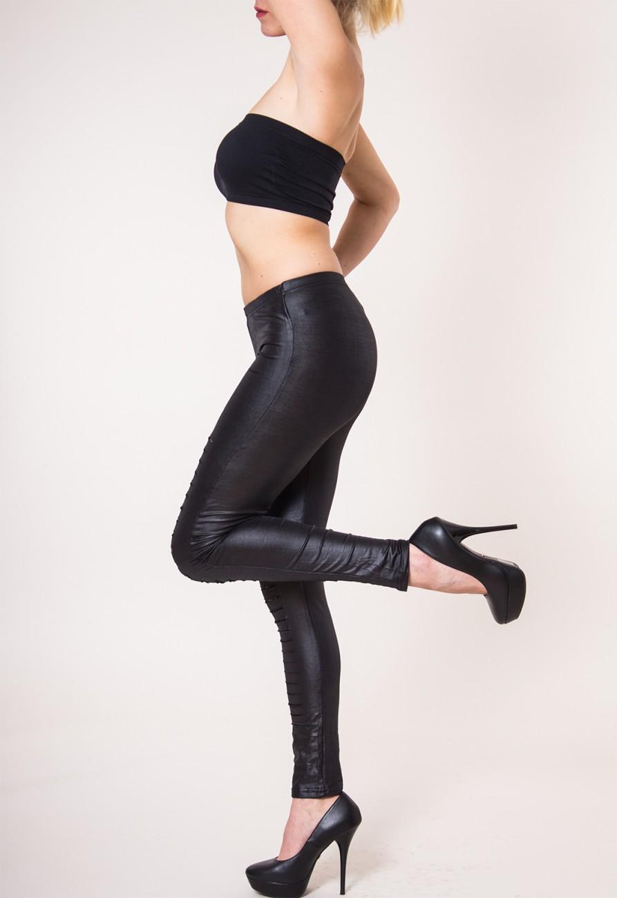 caspar damen klassische leggins leggings im leder look mit rissen und spitze schwarz. Black Bedroom Furniture Sets. Home Design Ideas